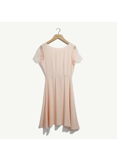 Yargıcı Dantel Detaylı Elbise Somon